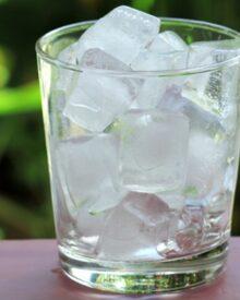 Kiểm nghiệm chất lượng nước đá